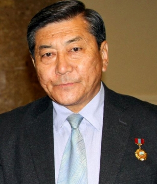 Гомбын Равдан