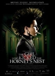 Зөгийн үүр сүйтгэгч охин (2009)
